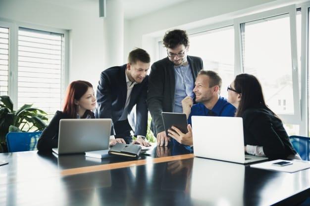 Fichier B2B – Entreprises par effectif et nombre de salariés